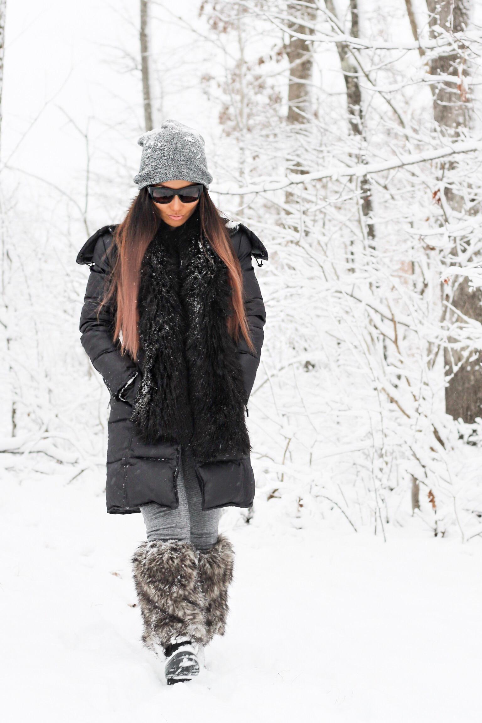 Snow gear, snow day fashion, modern mom, modern style mom, Charlotte Mom, Mom blogger, winter is here, snow gear