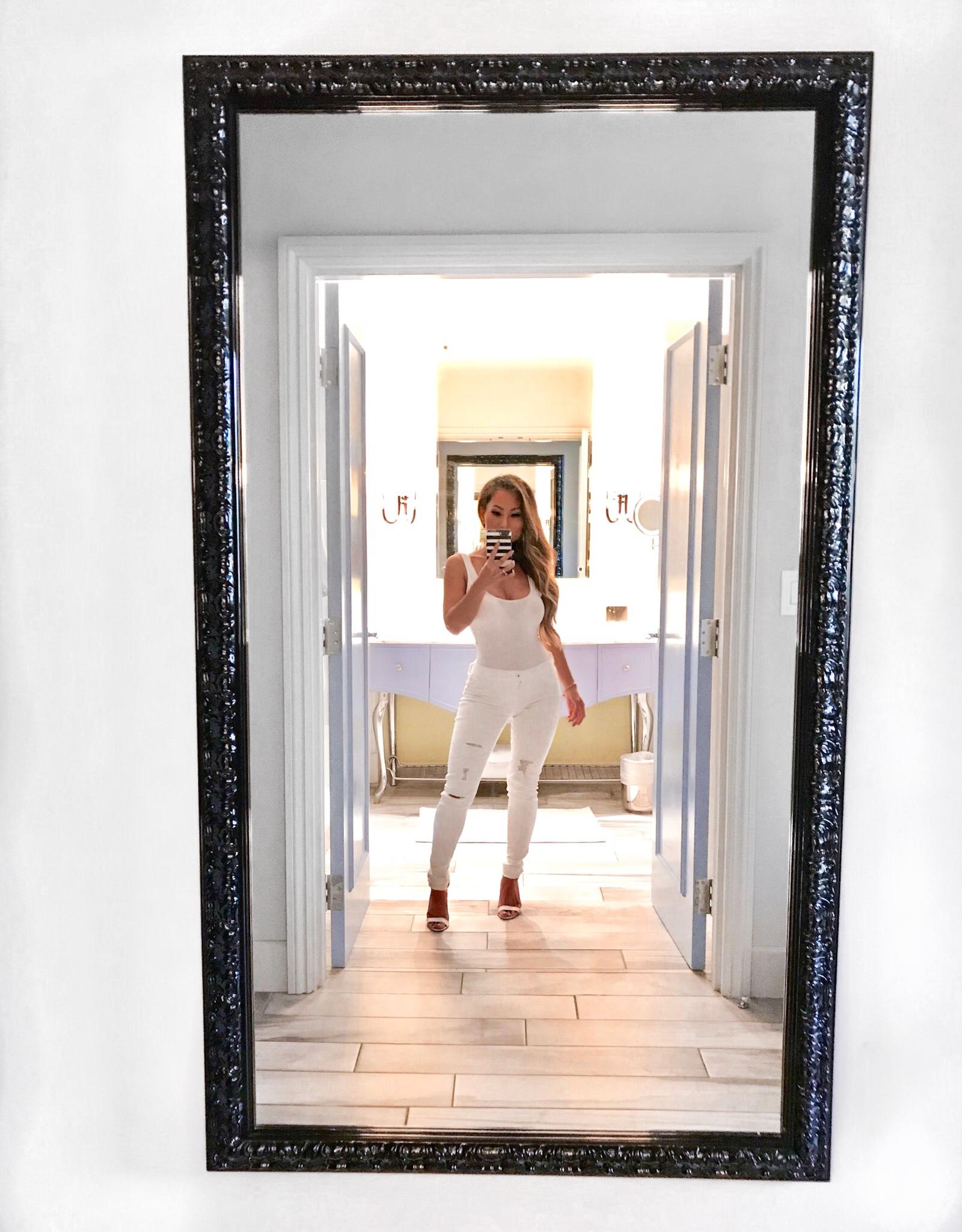 Grand bohemian Hotel Charleston, White jeans and a white bodysuit at Grand Bohemian Hotel